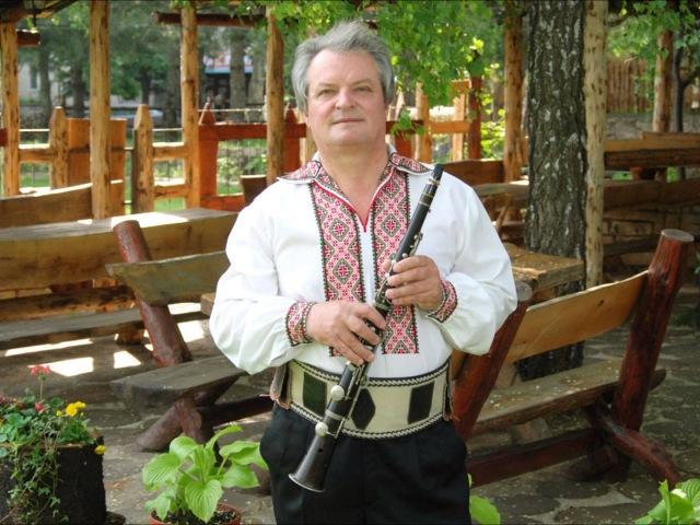 Simion Duja : Petrea Sirbu - Hora Batuta : 1987