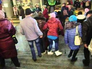 MOV01052 03.12.2012 Ижевск инвалиды в цирке