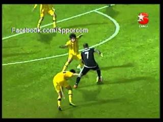 Maccabi Tel Aviv 2 - 3 Gol Quaresma Super Dribbling Goal