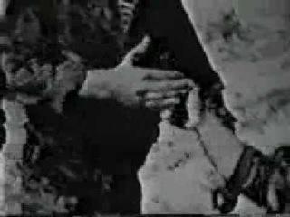 7-часть фильма Летчик в рукопашном бою после приземления. Защита от пистолета