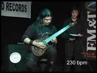 Самая быстрая игра на гитаре. 2008 год. Зарегистрировано Книгой рекордов Гиннеса