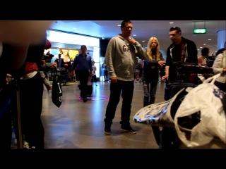 John, Tara Reid and Momma Jedward @ Arlanda Airport