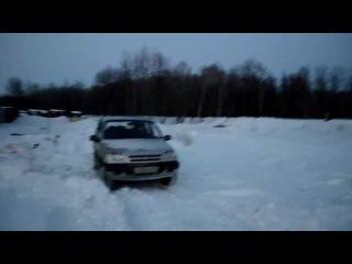 Нива Шевроле против снега 3