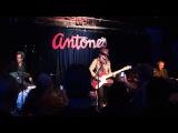 Carolyn Wonderland What good can drinkin' do 2010-11-27 Antones, Austin TX