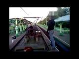 Опасные игры на крыше поезда