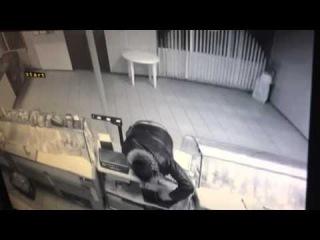 В Волгограде ломбард и мясной магазин подверглись нападению разбойников