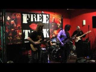 Free Talk - Shark (live 2011)