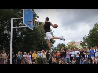 Basketball DUNK Motivation / AT THE END OF PAIN IS SUCCESS