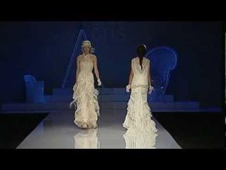 Gaudi Novias 2012: desfile Yolan Cris colección 2013