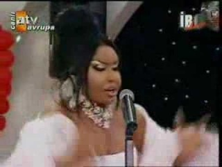 Bulent Ersoy - Tanri Istemese & Doymadim Sana - Ibo Show 07