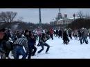 «Снежная битва» (игра в снежки) на Марсовом поле в Санкт-Петербурге 14 января 2012