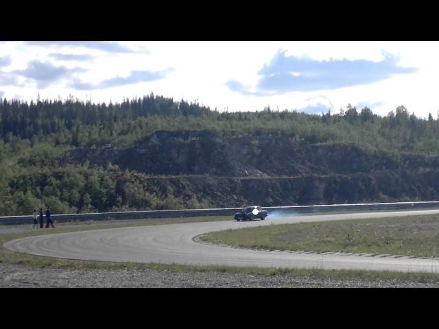 Sommertreff Volvo v12 breisladd 2011.mp4