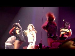 Britney Spears - Get Naked (The Circus Tour live in Paris 6 july 2009)
