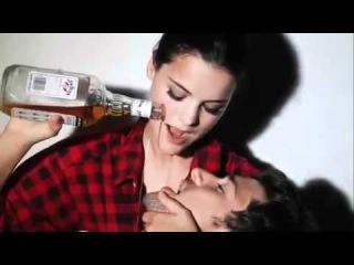 Сексуальная реклама Jim Beam