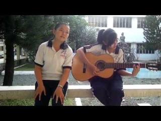 Hạ Uyên ft Lan Anh ( Nhóm HULA) cover ca khúc Dark Side (Kelly Clarkson)
