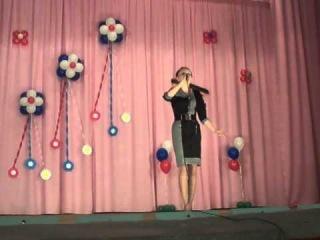 Людмила с песней Хохлома