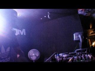Balanov - Moombahcore Dj set on 3 cd decks (june22, 2012)