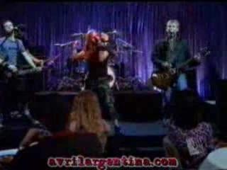 Avril en Sabrina, la bruja adolescente