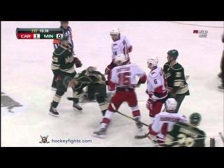 Драка НХЛ / Миннесота - Каролина / Нэйт Проссер - Брендон Саттер