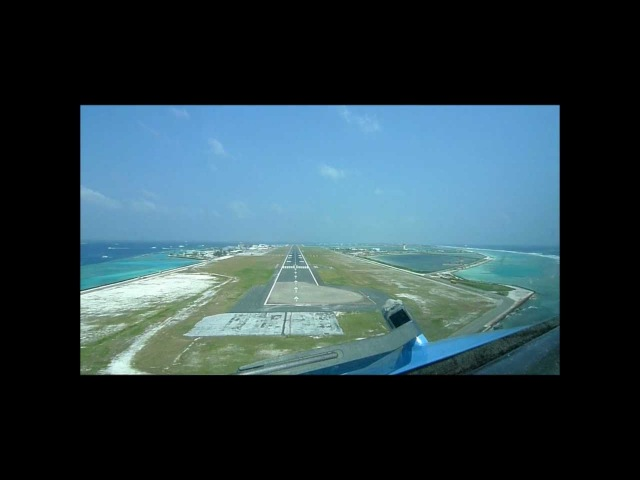 767-300(ER) : approach, landing and take-off in Male, Maldives (MLE / VRMM).