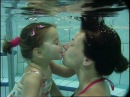 Naše malé sluníčko po druhé pod vodou