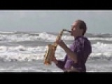 Саксофонист Syntheticsax Flight (Михаил Морозов)