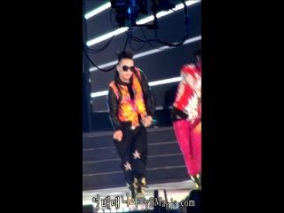 Taeyang - Bad Boy (120311 K-Collection) Fancam [HD]