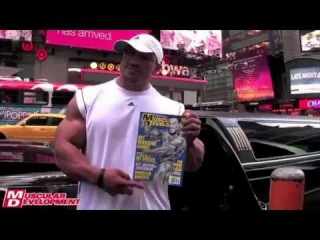 Roelly Winklaar Hits the Streets of New York 3/3