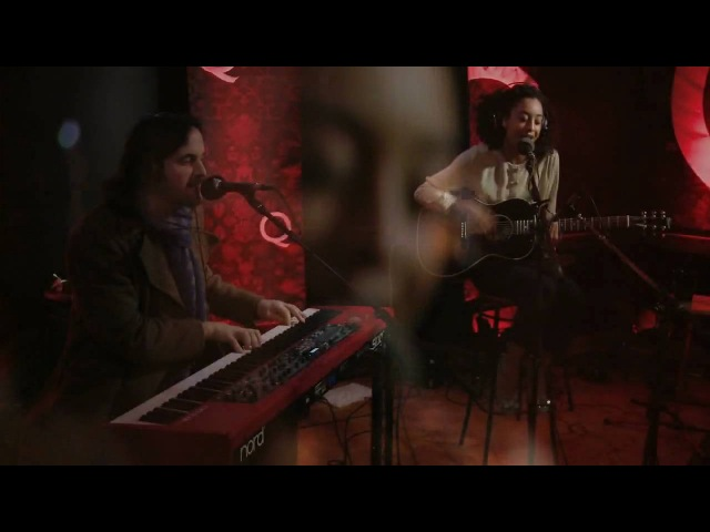 'Paris Nights / New York Mornings' by Corinne Bailey Rae on Q TV