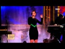 "ALICIA KEYS chante ""Girl on Fire "" - ( La chanson de l'Année 2012 )"
