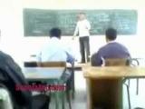 учитель не выдержал и опечалил по пиздаку