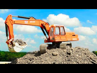The Excavator Loves Building - Construction Trucks Videos for kids and babies