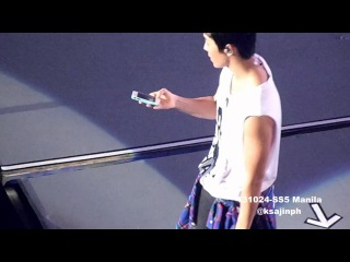 131024-Donghae got a fan's phone and called the fan's mother SS5 Manila