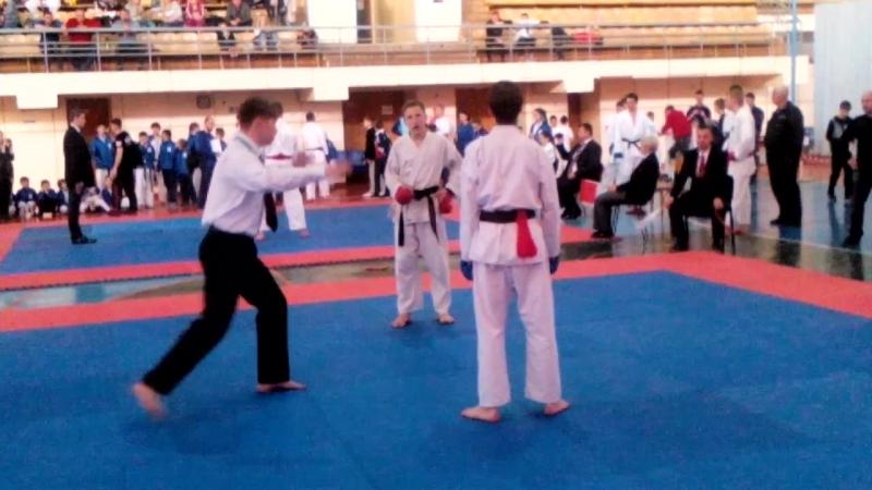 Karate pazan D R M