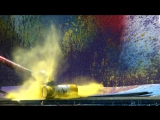 Взрыв аэрозольного баллончика в слоумо