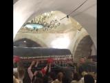 Как заряжают нить у гробницы Рахель(Рахиль)