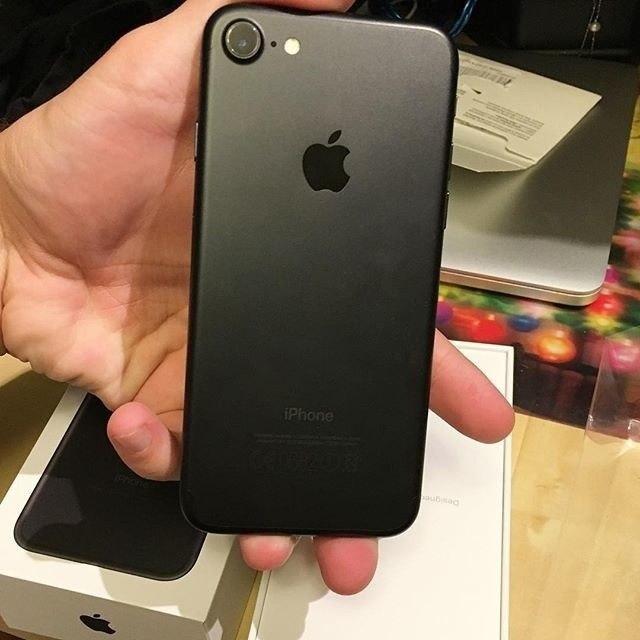 После выхода iPhone 7 сразу захотел его приобрести, но, к сожалению, не позволяли финансы :(. А потом узнал, что мож�...