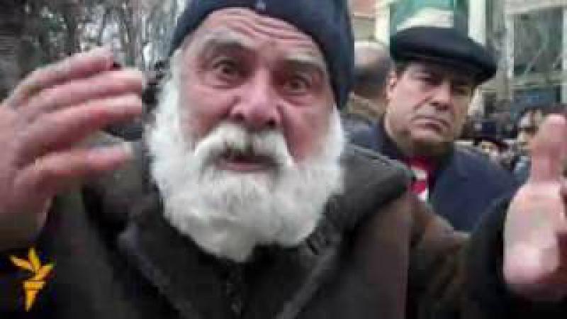 80 yaşlı Zakir Kərimov Məni boğmasınlar haqqımı versinlər Arxiv görüntülər 2011 смотреть онлайн без регистрации