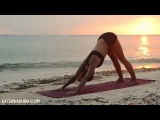 Вечерняя йога дома  для начинающих: фитнес дома