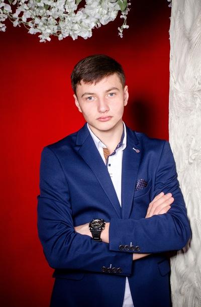Геннадий Леонов