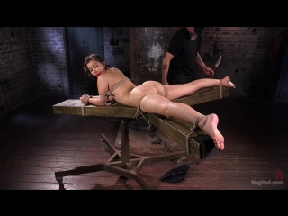 Dani Daniels (Dani Daniels Submits in Brutal Bondage / 4. 8.2016)  BDSM, Bondage, Humiliation, Torture
