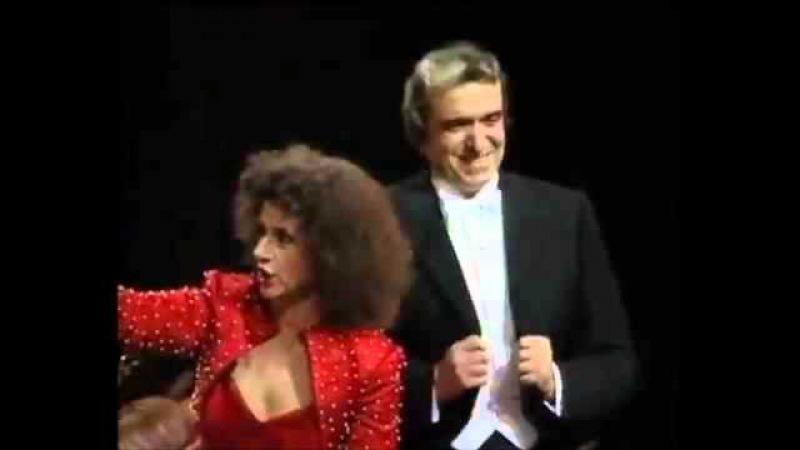 Ruggero Raimondi - Agnes Baltsa - Oh che muso - Italiana in Algeri - Rossini