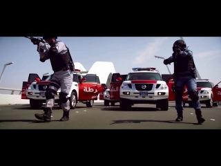 Dubai police car chase criminal, never provoke them