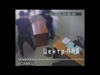 Видеонаблюдение в полицейском участке? Не, не слышал. Украина, Запорожье.