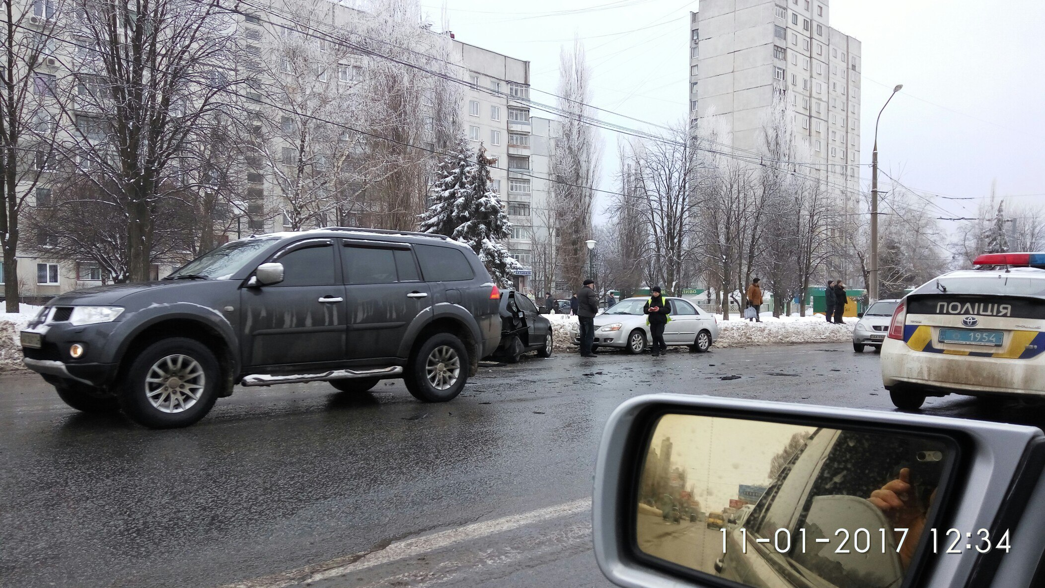 Страшная авария на Салтовке. Машину разорвало на части (ФОТО)