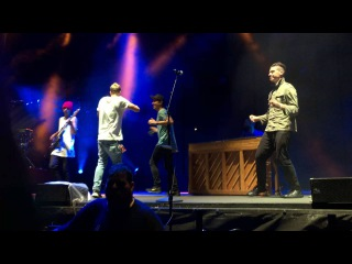10 - Twist and Shout (Cover) - Twenty One Pilots with Chef'Special Mutemath (Live NC 16)
