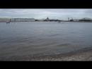 Вид с пляжа Петропавловской крепости.)