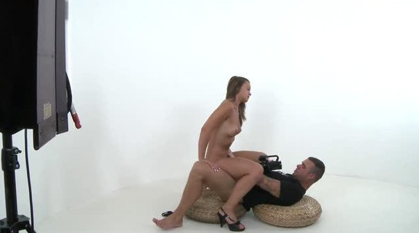 PornhubAgent E10 Naomi Bennet HD Online