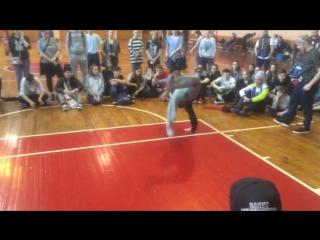 Ushan DaFunkyStyle on SibBear dance contest.