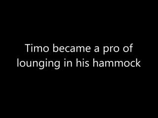 Котэ научился пользоваться гамаком (6 sec)